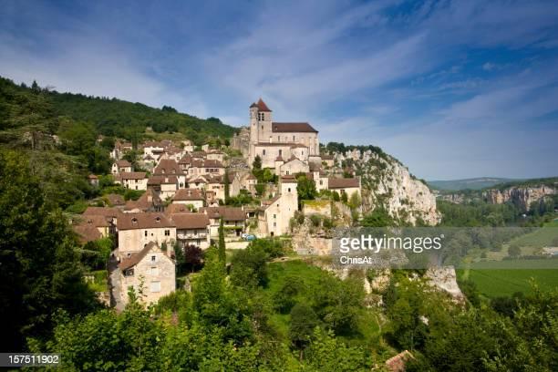 Francia, Midi Pirenei, parcheggio, St Cirq Lapopie, storico villaggio a picco sulla scogliera