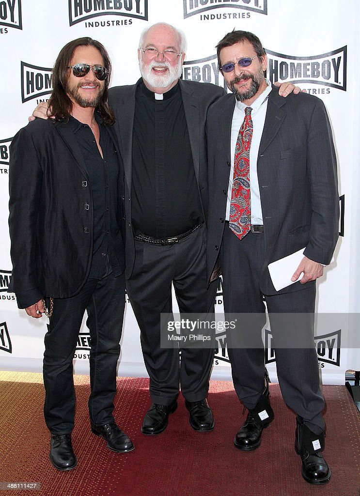 <a gi-track='captionPersonalityLinkClicked' href=/galleries/search?phrase=Clifton+Collins+Jr.&family=editorial&specificpeople=540063 ng-click='$event.stopPropagation()'>Clifton Collins Jr.</a>, Father Greg and <a gi-track='captionPersonalityLinkClicked' href=/galleries/search?phrase=Judd+Nelson&family=editorial&specificpeople=1541923 ng-click='$event.stopPropagation()'>Judd Nelson</a> attend The 2014 Lo Maximo Awards Dinner at JW Marriott Los Angeles at L.A. LIVE on May 3, 2014 in Los Angeles, California.