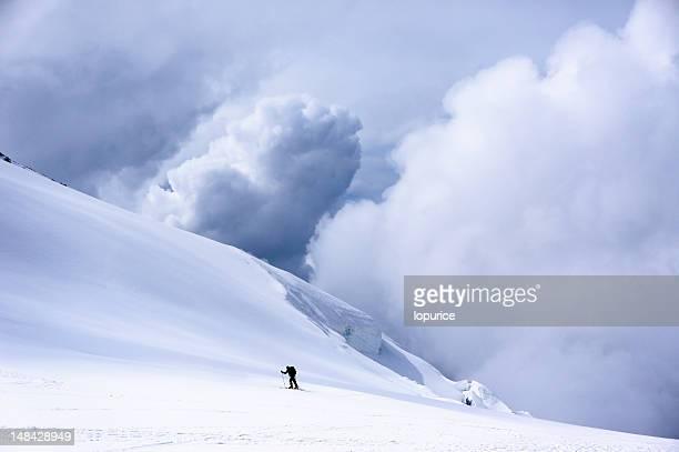 Alpinista su sci