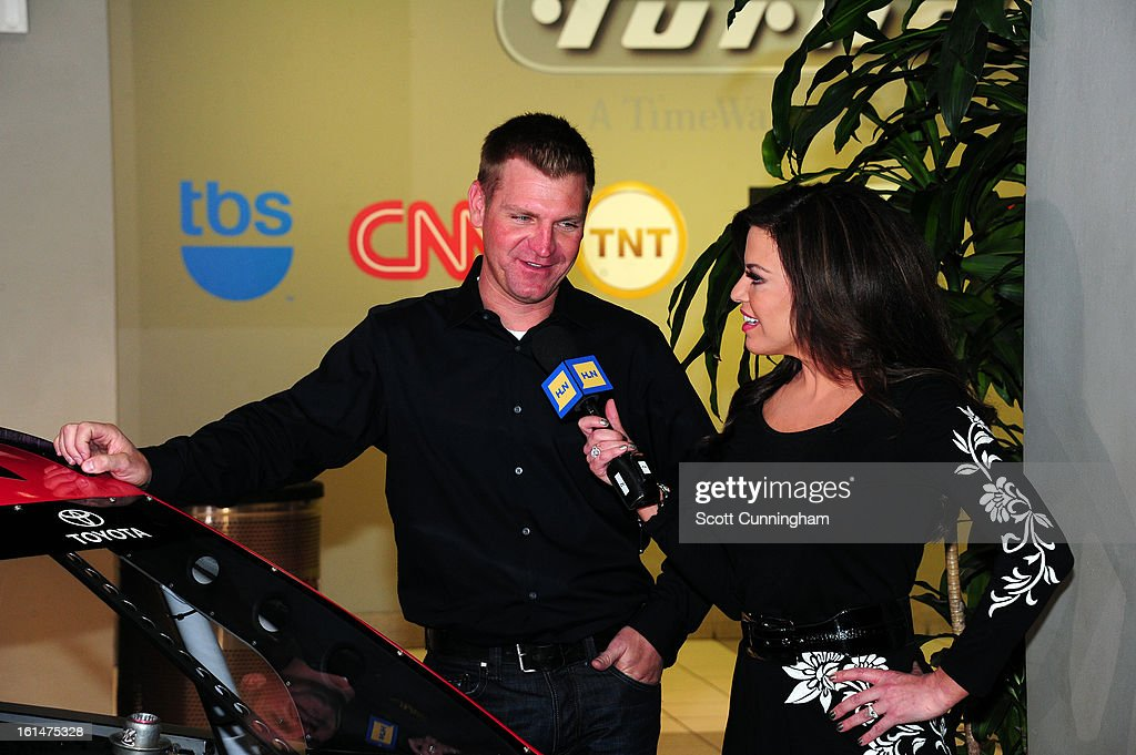 <a gi-track='captionPersonalityLinkClicked' href=/galleries/search?phrase=Clint+Bowyer&family=editorial&specificpeople=537951 ng-click='$event.stopPropagation()'>Clint Bowyer</a>, driver of the #15 5-hour Energy Toyota, is interviewed by Robin Meade of CNN Headline News during the Road to Daytona Fueled By Sunoco at CNN Center on February 11, 2013 in Atlanta, Georgia.