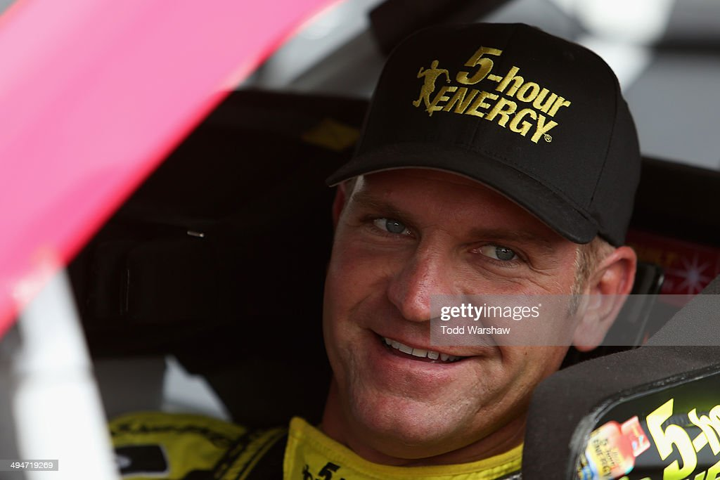 <a gi-track='captionPersonalityLinkClicked' href=/galleries/search?phrase=Clint+Bowyer&family=editorial&specificpeople=537951 ng-click='$event.stopPropagation()'>Clint Bowyer</a>, driver of the #15 Cherry 5-Hour ENERGY for Special Operations Warrior Foundation Toyota, prepares to qualify for the NASCAR Sprint Cup Series FedEx 400 Benefiting Autism Speaks at Dover International Speedway on May 30, 2014 in Dover, Delaware.