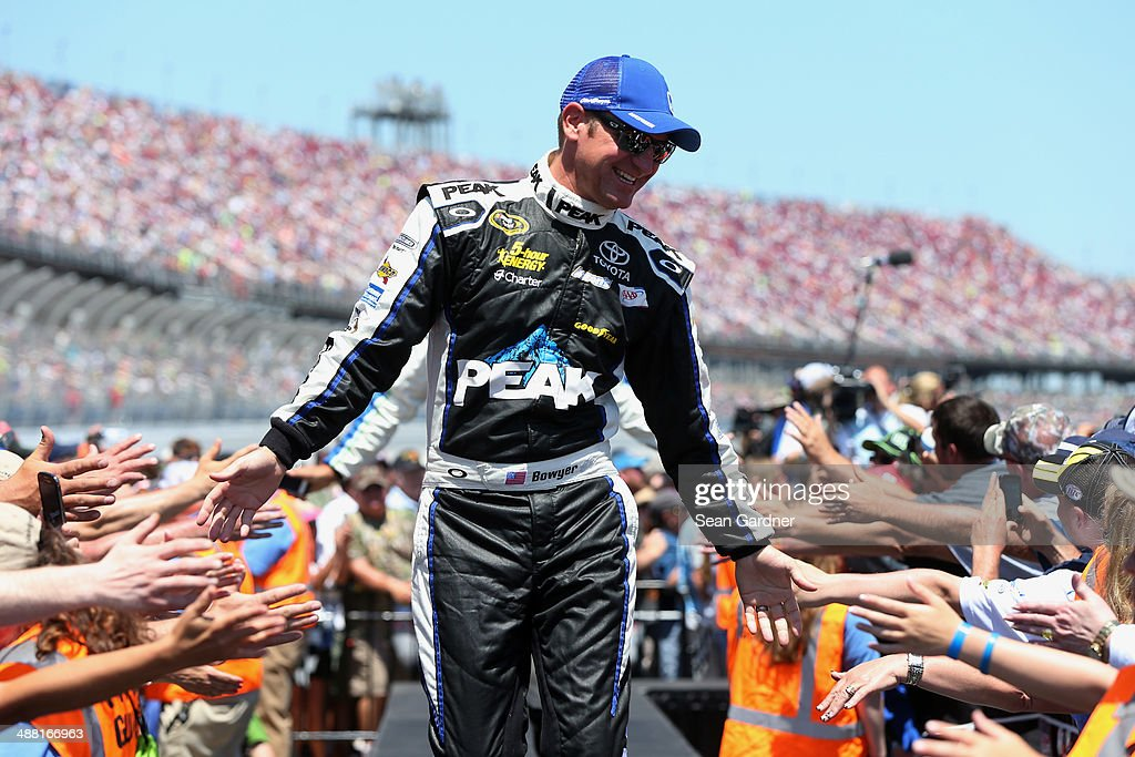 <a gi-track='captionPersonalityLinkClicked' href=/galleries/search?phrase=Clint+Bowyer&family=editorial&specificpeople=537951 ng-click='$event.stopPropagation()'>Clint Bowyer</a>, driver of the #15 PEAK Antifreeze / Motor Oil Toyota, is introduced before the NASCAR Sprint Cup Series Aaron's 499 at Talladega Superspeedway on May 4, 2014 in Talladega, Alabama.