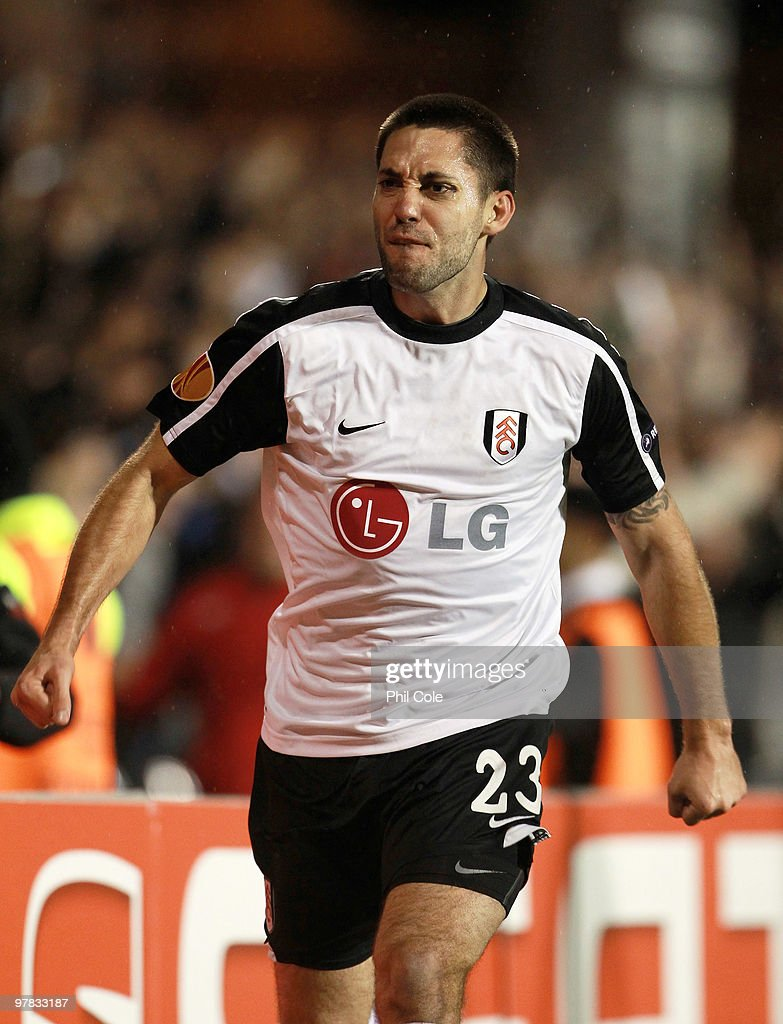 Clint Dempsey of Fulham celebrates scoring during the UEFA Europa League Round of 16 second leg match between Fulham and Juventus at Craven Cottage...