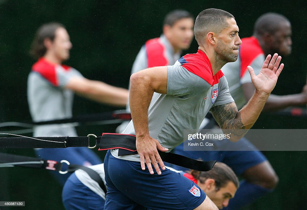 <a gi-track='captionPersonalityLinkClicked' href=/galleries/search?phrase=Clint+Dempsey&family=editorial&specificpeople=547866 ng-click='$event.stopPropagation()'>Clint Dempsey</a> of the United States works out during their training session at Sao Paulo FC on June 10, 2014 in Sao Paulo, Brazil.