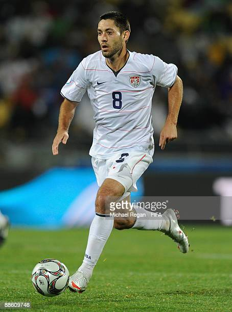 Clint Dempsey of the USA runs with the ball during the Group B FIFA Confederations Cup match between Egypt and USA at the Royal Bafokeng Stadium on...