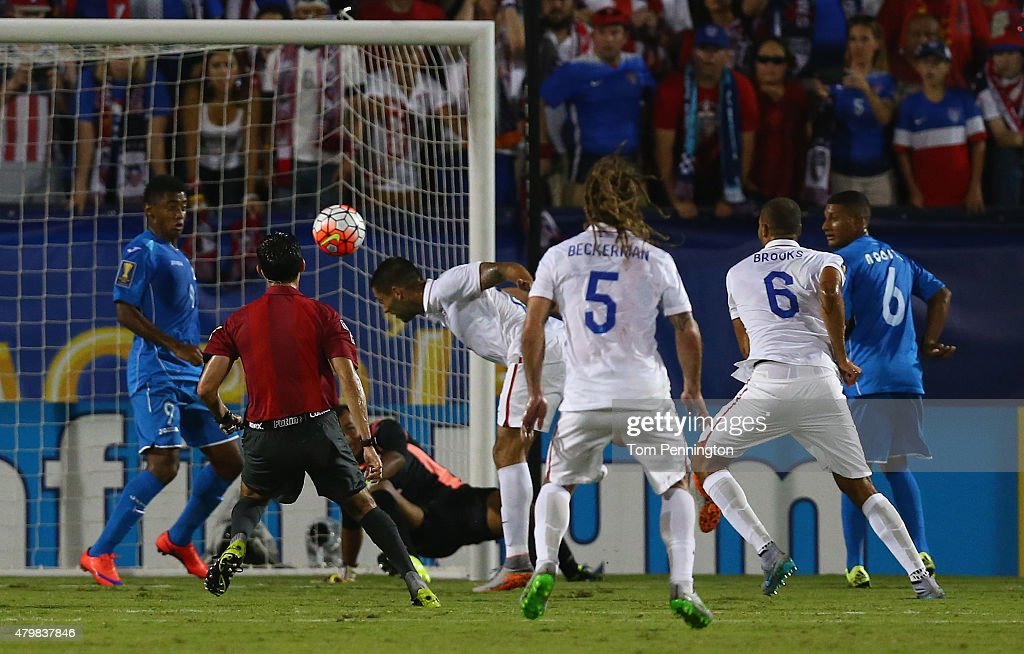 Clint Dempsey #8 of USA scores against Honduras during the 2015 CONCACAF Gold Cup Group A match between USA and Honduras at Toyota Stadium on July 7, 2015 in Frisco, Texas.