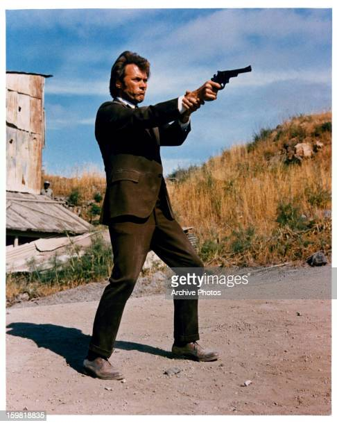 Clint Eastwood points a gun in a scene from the film 'Dirty Harry' 1971