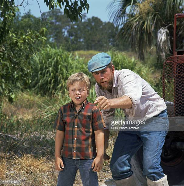 Clint Howard as Mark Wedloe and Rance Howard as Henry Boomhauer in GENTLE BEN