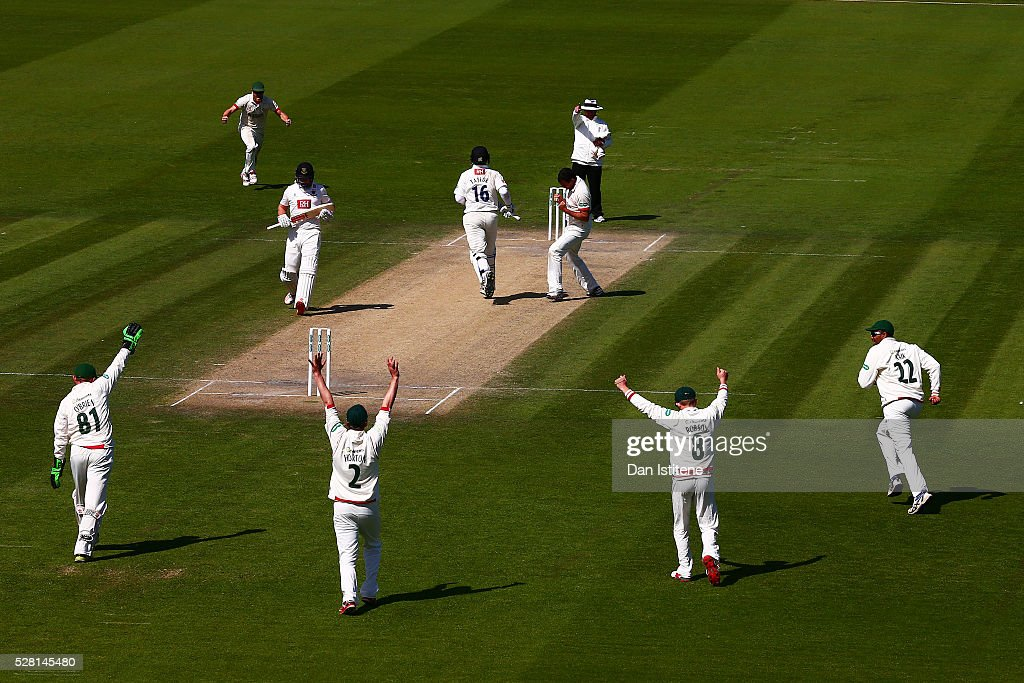 <a gi-track='captionPersonalityLinkClicked' href=/galleries/search?phrase=Clint+McKay&family=editorial&specificpeople=4083690 ng-click='$event.stopPropagation()'>Clint McKay</a> of Leicestershire celebrates claiming the wicket of <a gi-track='captionPersonalityLinkClicked' href=/galleries/search?phrase=Ross+Taylor&family=editorial&specificpeople=845922 ng-click='$event.stopPropagation()'>Ross Taylor</a> of Sussex during the Specsavers County Championship Division Two match between Sussex and Leicestershire at The 1st Central County Ground on May 4, 2016 in Hove, England.