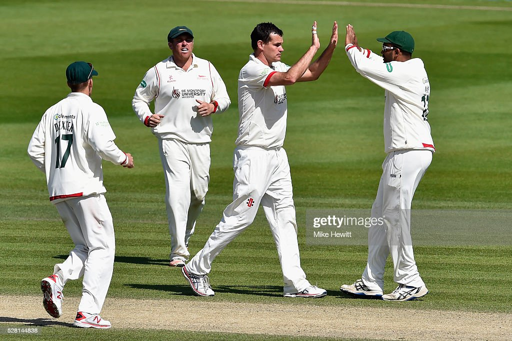 <a gi-track='captionPersonalityLinkClicked' href=/galleries/search?phrase=Clint+McKay&family=editorial&specificpeople=4083690 ng-click='$event.stopPropagation()'>Clint McKay</a> of Leicestershire celebrates with team mates after trapping Ross Taylor of Sussex LBW on the fourth day of the Specsavers County Championship Division Two match between Sussex and Leicestershire on May 04, 2016 in Hove, England.