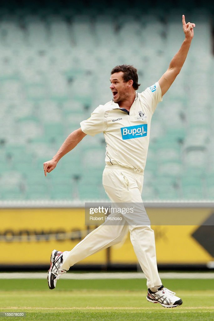<a gi-track='captionPersonalityLinkClicked' href=/galleries/search?phrase=Clint+McKay&family=editorial&specificpeople=4083690 ng-click='$event.stopPropagation()'>Clint McKay</a> of the Bushrangers celebrates the wicket of Marcus Harris of the Warriors during day one of the Sheffield Shield match between the Victorian Bushrangers and the Western Australia Warriors at Melbourne Cricket Ground on November 1, 2012 in Melbourne, Australia.