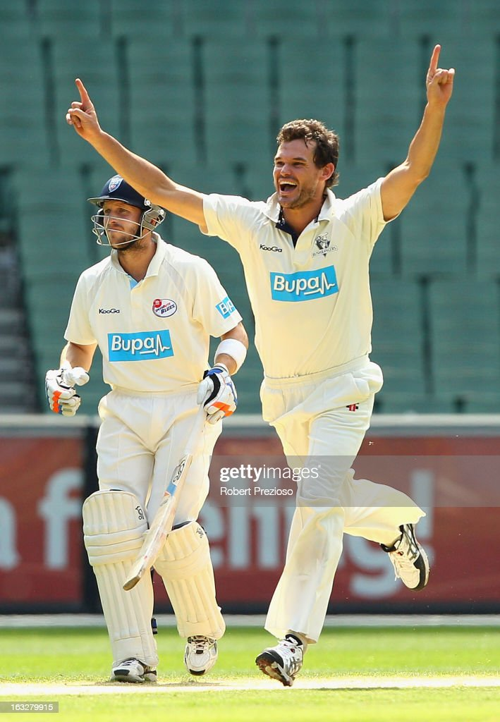 <a gi-track='captionPersonalityLinkClicked' href=/galleries/search?phrase=Clint+McKay&family=editorial&specificpeople=4083690 ng-click='$event.stopPropagation()'>Clint McKay</a> of the Bushrangers celebrates the wicket of Scott Henry of the Blues during day one of the Sheffield Shield match between the Victorian Bushrangers and the New South Wales Blues at Melbourne Cricket Ground on March 7, 2013 in Melbourne, Australia.