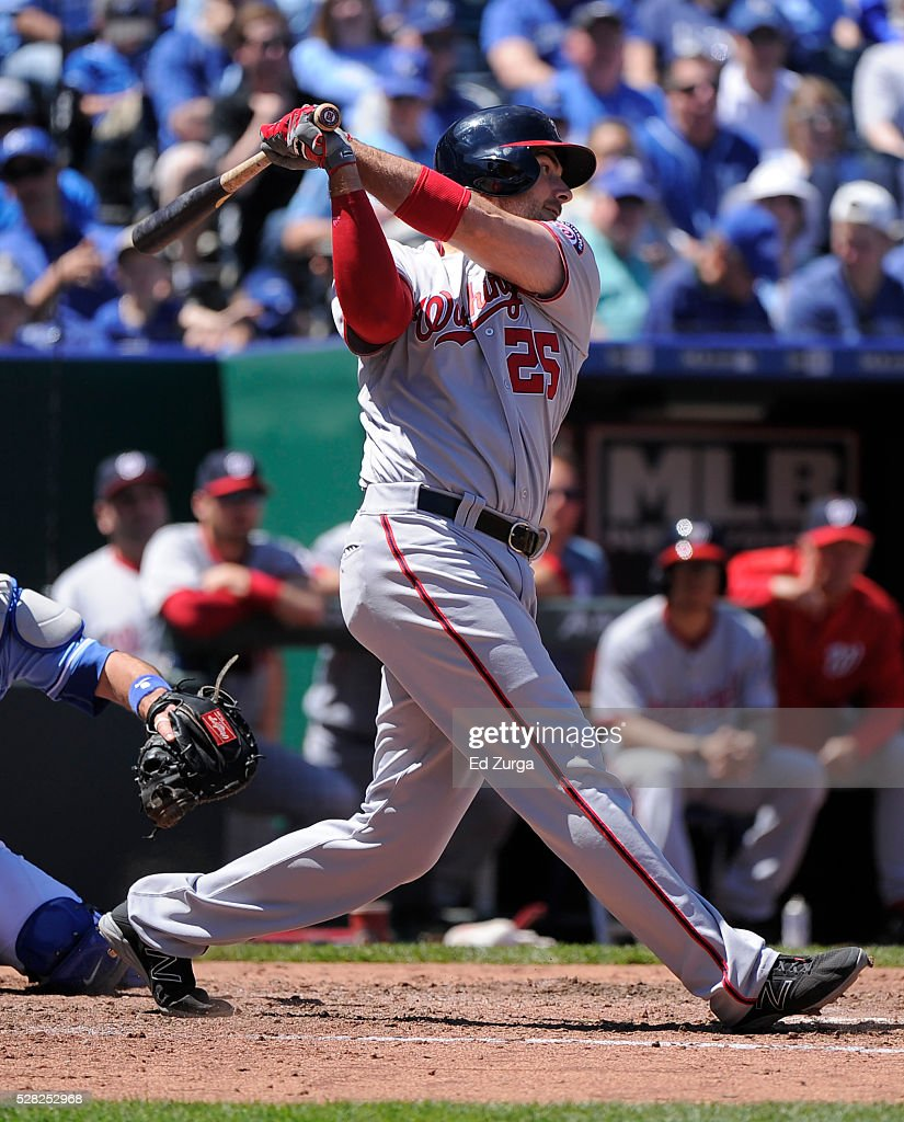 Clint Robinson #25 of the Washington Nationals hits a RBI single in the third inning against the Kansas City Royals at Kauffman Stadium on May 4, 2016 in Kansas City, Missouri.