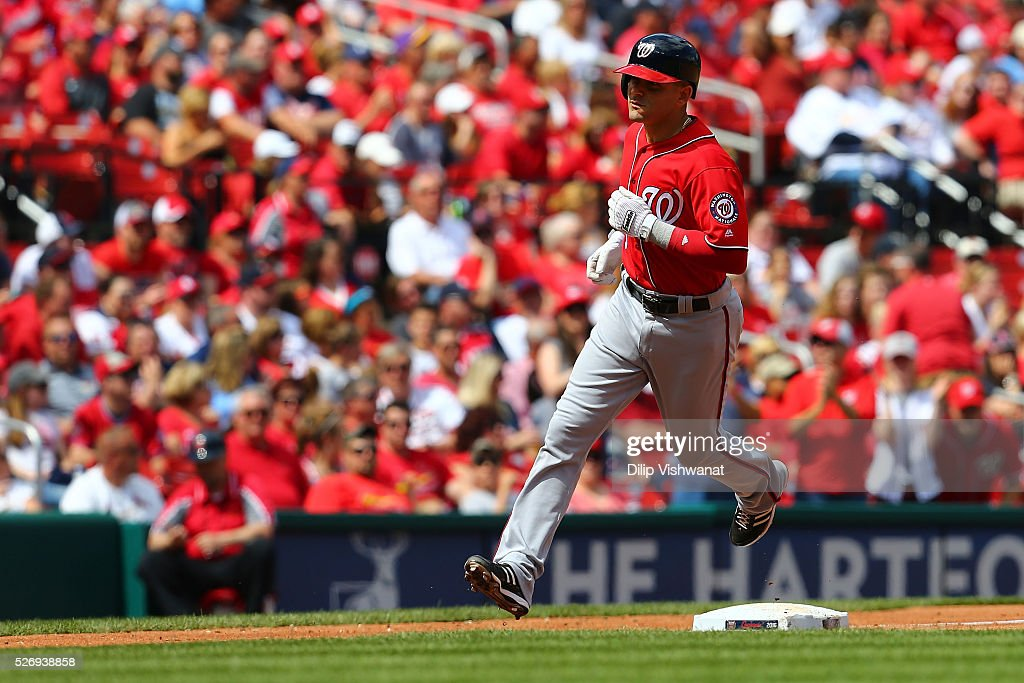 Clint Robinson #25 of the Washington Nationals rounds third base after hitting two-run home run against the St. Louis Cardinals in the seventh inning at Busch Stadium on May 1, 2016 in St. Louis, Missouri.
