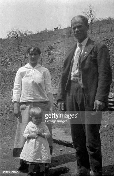 Clinton and Florence Fitzgerald Nelson County Virginia USA 19161918 Photograph taken during Cecil Sharp's folk music collecting expedition British...
