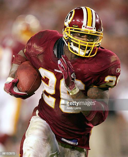 Clinton Portis of the Washington Redskins rushes for a touchdown in the fourth quarter against the Tampa Bay Buccaneers at Raymond James Stadium on...