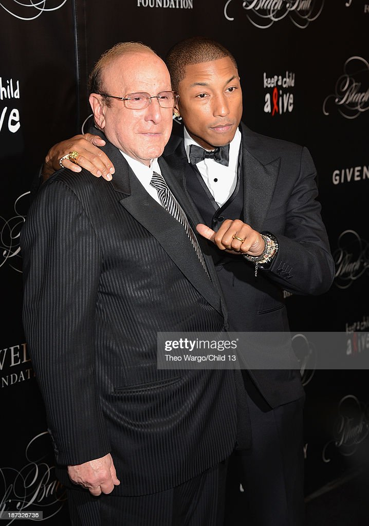 <a gi-track='captionPersonalityLinkClicked' href=/galleries/search?phrase=Clive+Davis&family=editorial&specificpeople=209314 ng-click='$event.stopPropagation()'>Clive Davis</a> and <a gi-track='captionPersonalityLinkClicked' href=/galleries/search?phrase=Pharrell+Williams&family=editorial&specificpeople=161396 ng-click='$event.stopPropagation()'>Pharrell Williams</a> attend Keep A Child Alive's 10th Annual Black Ball at Hammerstein Ballroom on November 7, 2013 in New York City.