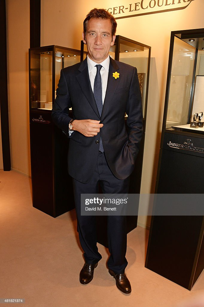 <a gi-track='captionPersonalityLinkClicked' href=/galleries/search?phrase=Clive+Owen&family=editorial&specificpeople=201515 ng-click='$event.stopPropagation()'>Clive Owen</a> arrives at The Masterpiece Marie Curie Party supported by Jaeger-LeCoultre and hosted by Heather Kerzner at The Royal Hospital Chelsea on June 30, 2014 in London, England.