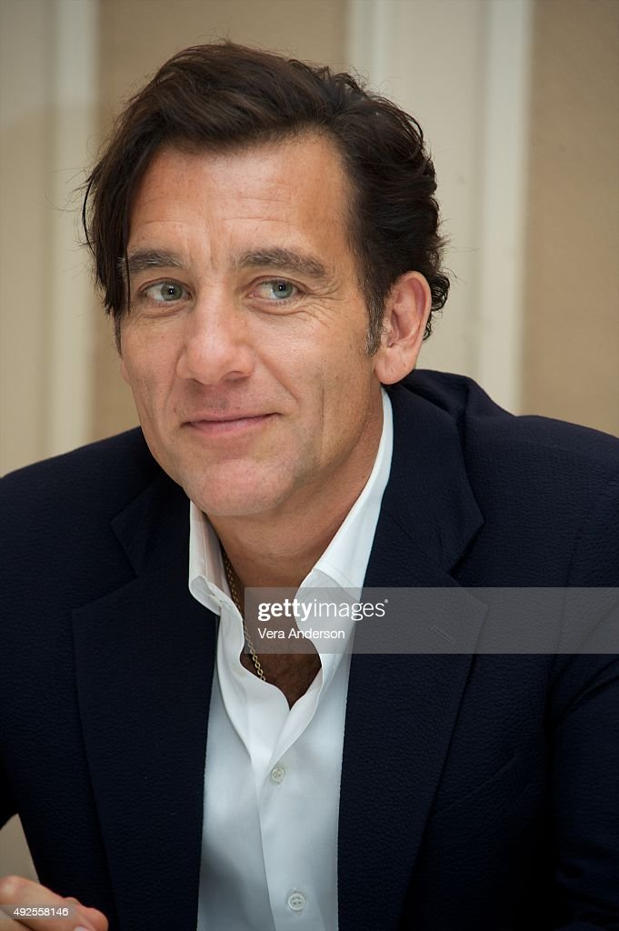 Clive Owen at 'The Knick' Press Conference at the Waldorf Astoria Ho... Show more - clive-owen-at-the-knick-press-conference-at-the-waldorf-astoria-hotel-picture-id492558146