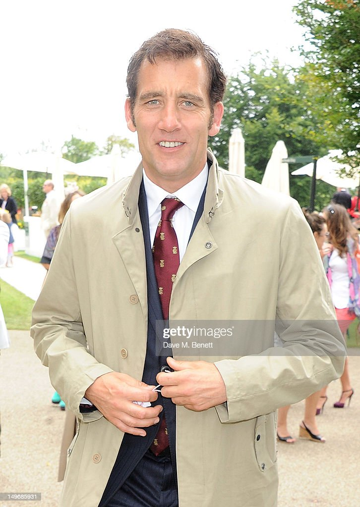 Clive Owen attends Ladies Day at Glorious Goodwood held at Goodwood Racecourse on August 2, 2012 in Chichester, England.