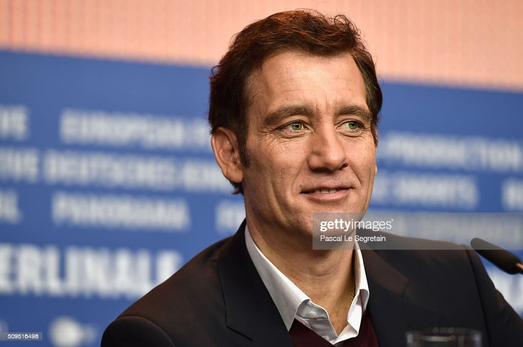 <a gi-track='captionPersonalityLinkClicked' href=/galleries/search?phrase=Clive+Owen&family=editorial&specificpeople=201515 ng-click='$event.stopPropagation()'>Clive Owen</a> attends the International Jury press conference during the 66th Berlinale International Film Festival Berlin at Grand Hyatt Hotel on February 11, 2016 in Berlin, Germany.
