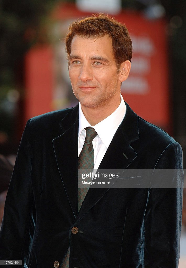<a gi-track='captionPersonalityLinkClicked' href=/galleries/search?phrase=Clive+Owen&family=editorial&specificpeople=201515 ng-click='$event.stopPropagation()'>Clive Owen</a> during The 63rd International Venice Film Festival - 'Children of Men' Premiere - Arrivals at Palazzo del Cinema in Venice Lido, Italy.