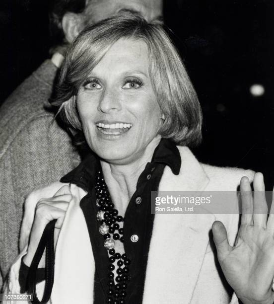 Cloris Leachman Nude Photos 15