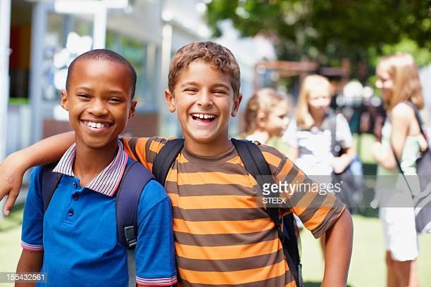 Enge Freunde und eine gute Schule-Das Leben ist toll!