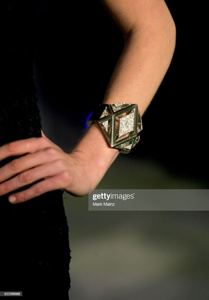 A close up of actress <a gi-track='captionPersonalityLinkClicked' href=/galleries/search?phrase=Kirsten+Dunst&family=editorial&specificpeople=171590 ng-click='$event.stopPropagation()'>Kirsten Dunst</a>'s bracelet at the Vanity Fair Oscar Party at Mortons on February 27, 2005 in West Hollywood, California.