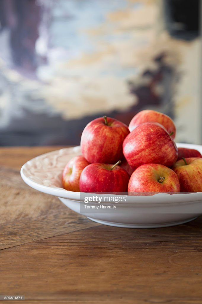 Close up of apples in bowl : Stock Photo
