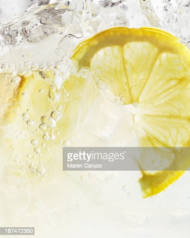 Close Up of Lemon Slice in Iced Spritzer
