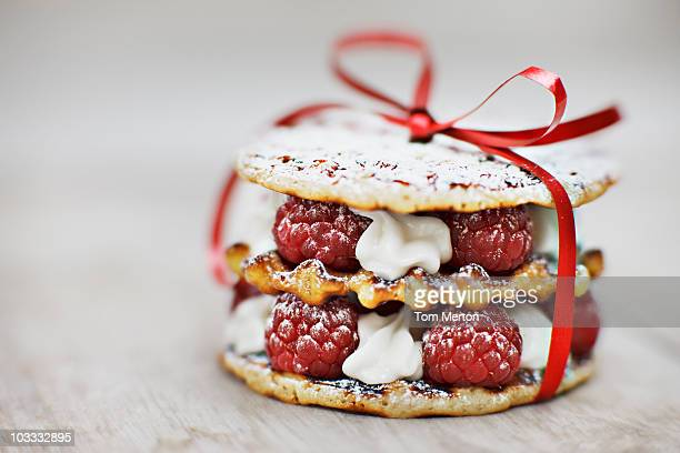 Close up of raspberry and cream cookie dessert