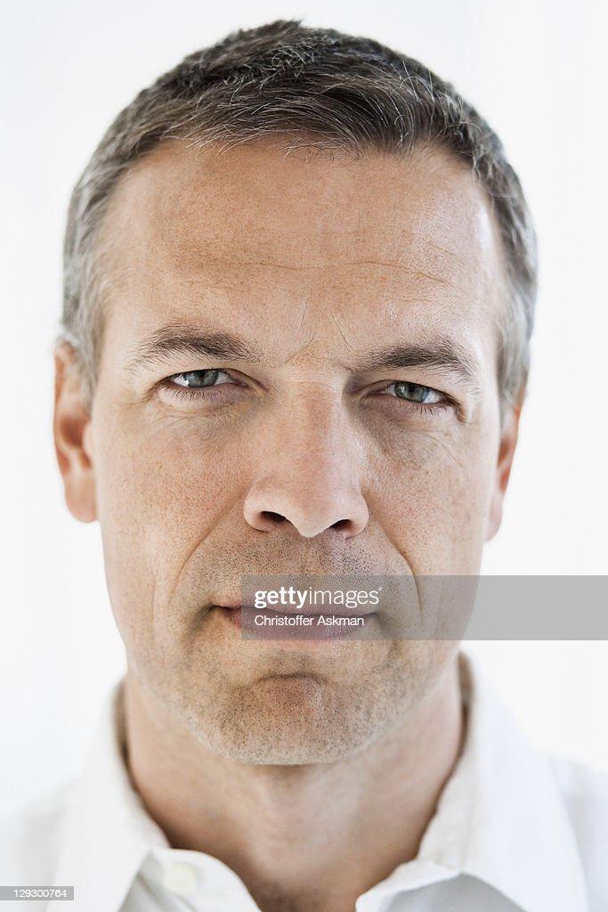 Close up of serious manÍs face