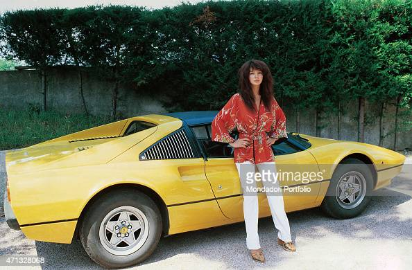 Kate Bush With A Ferrari Car Pictures Getty Images