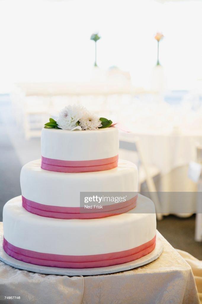 Close up of wedding cake : Stock Photo