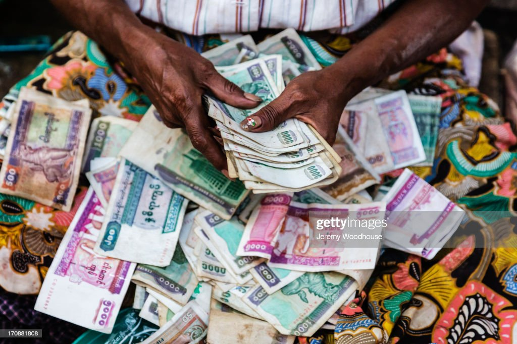 Close up of woman counting money : Stock Photo