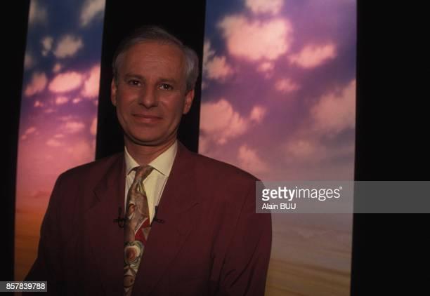 Close up Patrick Meney presentateur de l'emission de television 'Mea Culpa' sur TF1 le 11 ami 1992 a Paris France