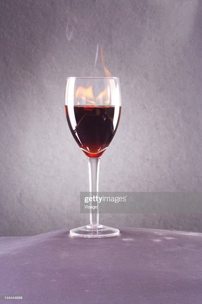 Close up shot of a glass of wine : Stock Photo