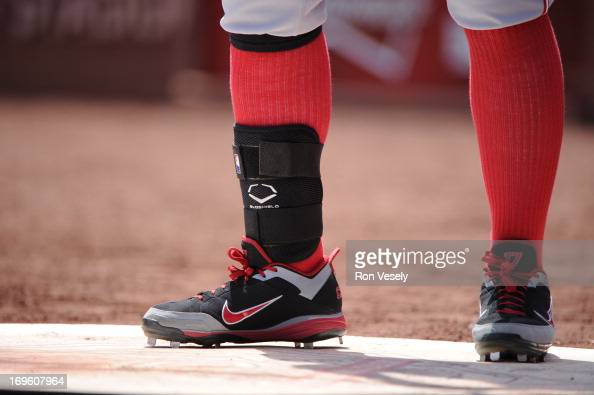 A close up view of Shinsoo Choo of the Cincinnati Reds wearing anshin guard during the game against the St Louis Cardinals on May 1 2013 at Busch...