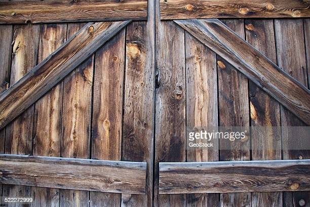 A close view of barn doors