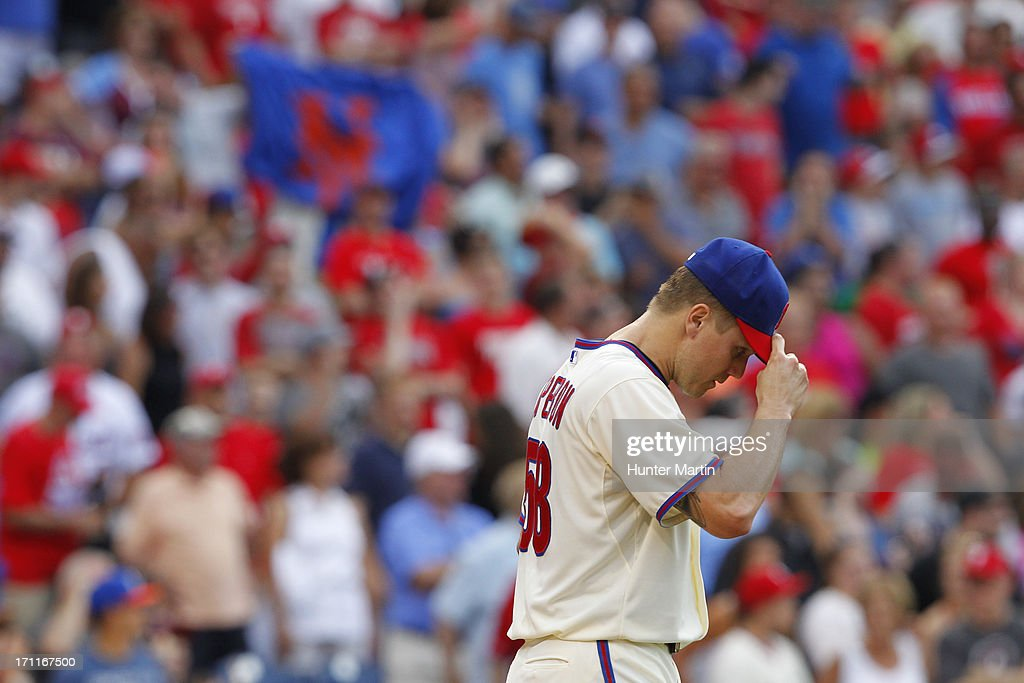 Closer <a gi-track='captionPersonalityLinkClicked' href=/galleries/search?phrase=Jonathan+Papelbon&family=editorial&specificpeople=453535 ng-click='$event.stopPropagation()'>Jonathan Papelbon</a> #58 of the Philadelphia Phillies reacts after giving up a game-tying home run in the ninth inning during a game against the New York Mets at Citizens Bank Park on June 22, 2013 in Philadelphia, Pennsylvania. The Phillies won 8-7.