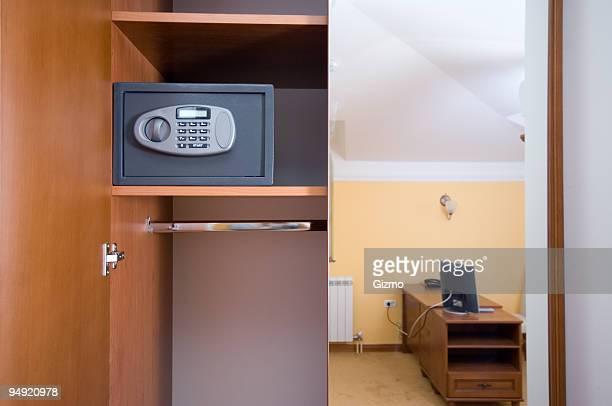 Closet safe