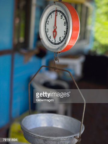 Close-up of a weighing scale in a store, Providencia, Providencia y Santa Catalina, San Andres y Providencia Department, Colombia : Foto de stock