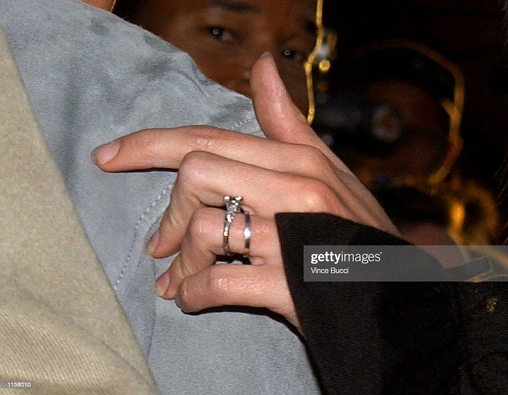 A Closeup Of Actress Julia Roberts Wedding Ring As She Attends The Premiere  Of Director Steven
