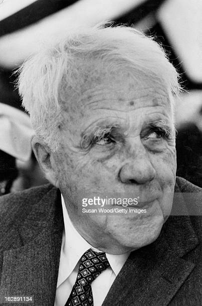 the life of robert lee frost as one of the leading poets of the 20th century Who are the best 20th century poets this list includes great poets from the 20th century such as maya angelou, ts eliot, james baldwin, and robert frost though .