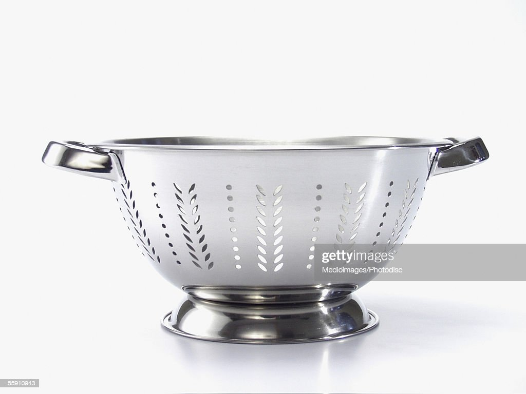 Close-up of an empty colander : Stock Photo