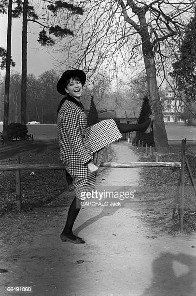 CloseUp Of Anna Karina Paris 11 janvier 1963 la comédienne Anna KARINA à l'occasion de la pièce de théâtre 'La Religieuse' mise en scène par Jacques...