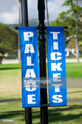 Close-up of banners in a park, Honolulu, Oahu, Hawaii Islands, USA : Foto de stock