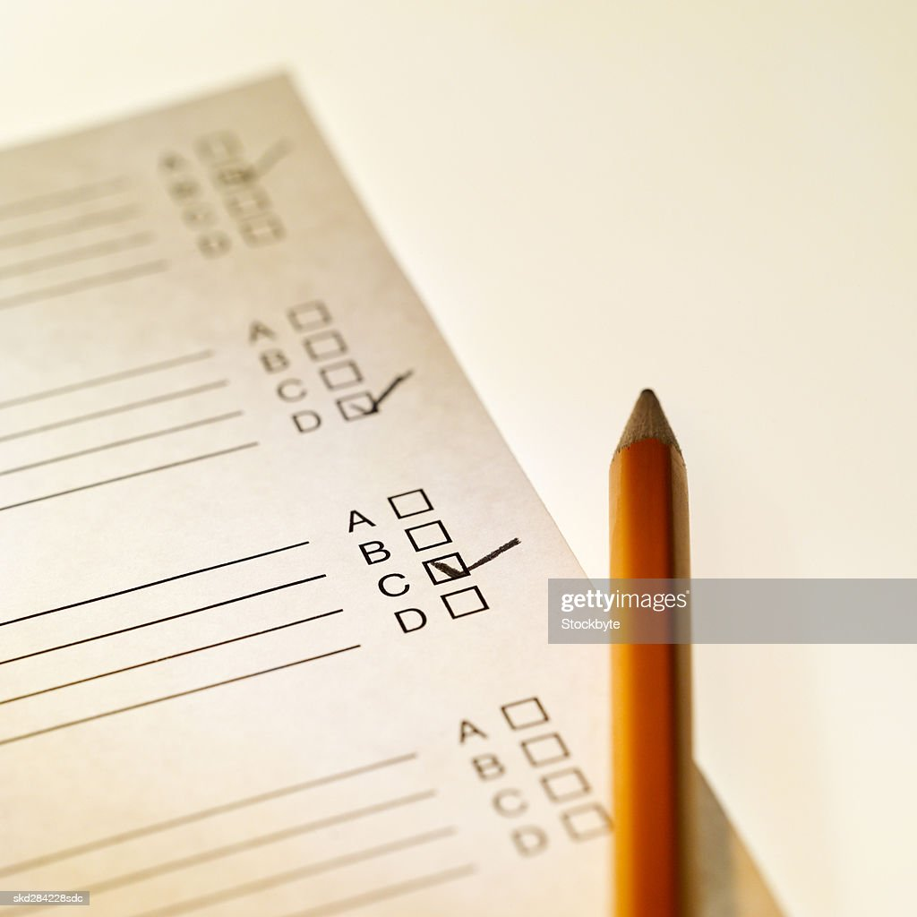 Close-up of school report and pen : Stock Photo