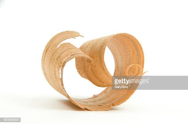 Primer plano de un pelado de madera/Curl#1-aislado sobre blanco